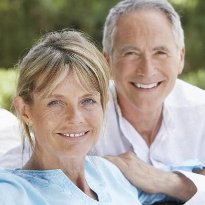 zahnimplantate-zahnprothesen-nuernberg